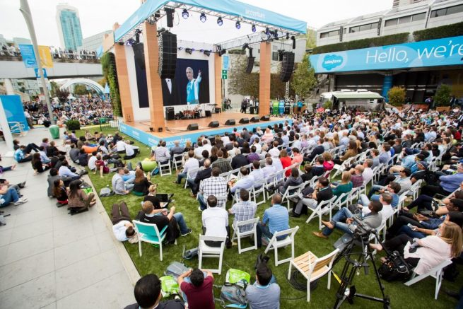 dreamforce salesforce konferans